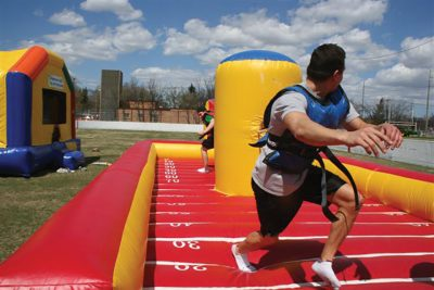 Extreme Challenge Inflatable action